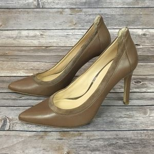 Banana Republic Leather Pump